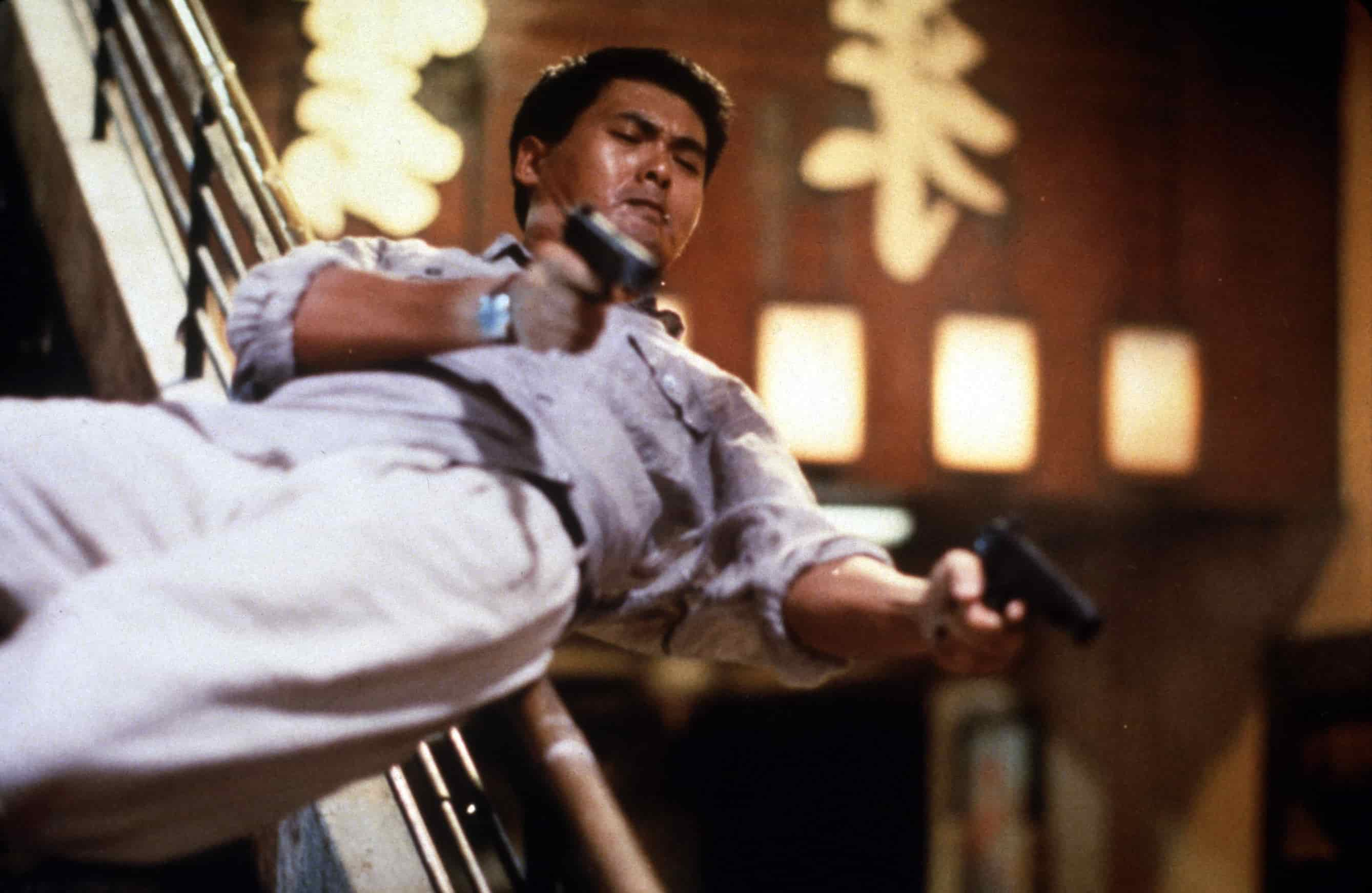 Hard Boiled (aka. Lat sau san taam) (1992)